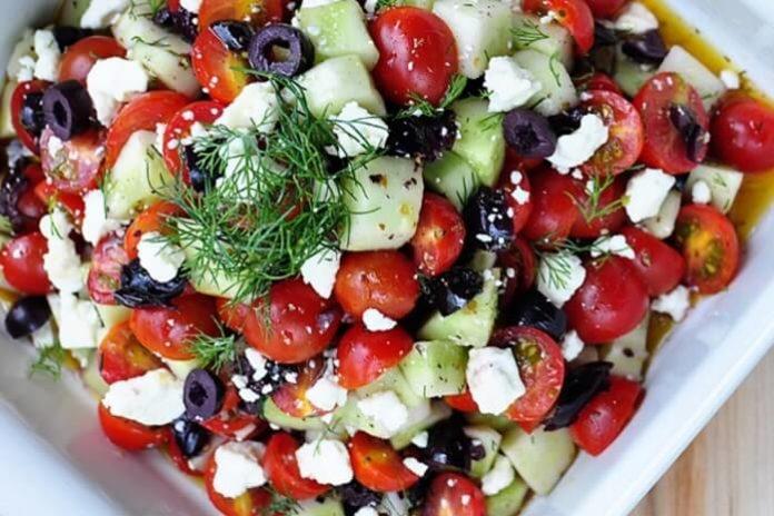 Peynirli Domates Salatası Tarifi